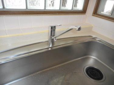 函館市的場町の台所水栓交換