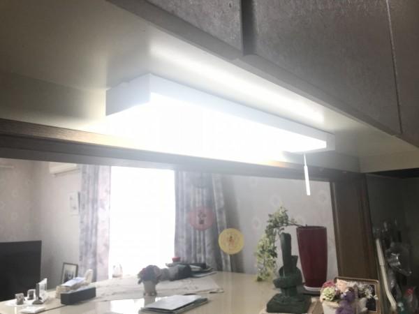 明るくなった棚下灯