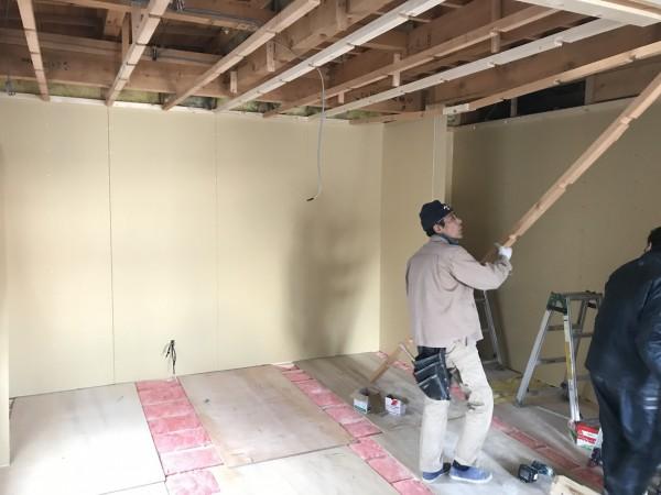 天井の下地工事