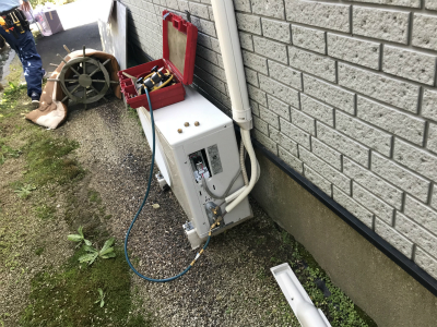 エアコンの冷媒ガス抜き