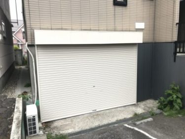 函館市美原のアパートのシャッター交換工事