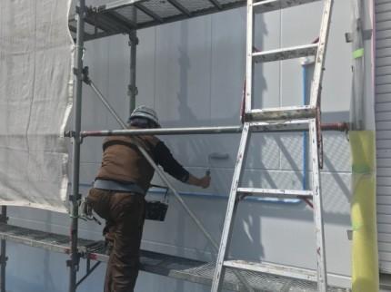 透湿弾性塗装の塗布