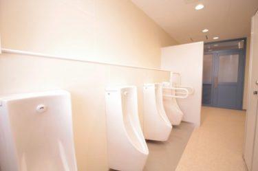 函館市の戸倉中学校のトイレ改修工事