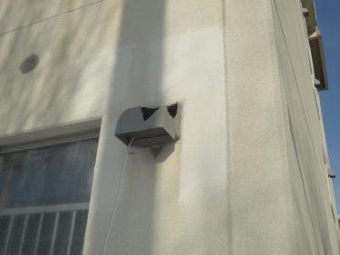 函館市深堀町で集合住宅の換気フード破損交換工事