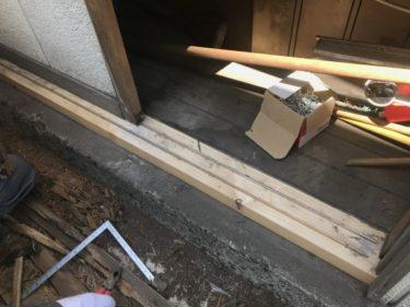 函館市中島町で物置修繕工事