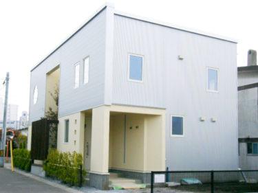 丸窓の家(函館市花園町)