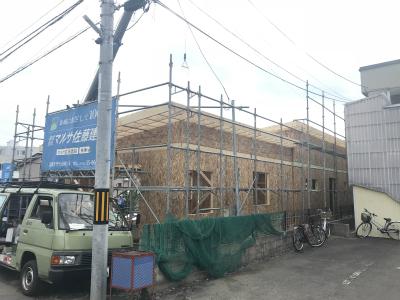 新築平屋建て 屋根の設置