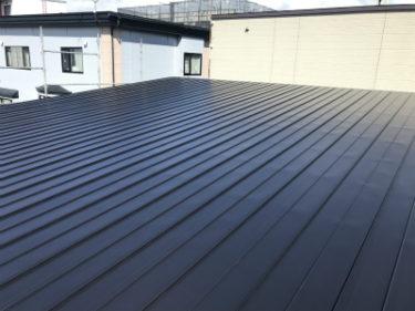 函館市駒場町で新築住宅平屋建ての屋根トタン葺き工事