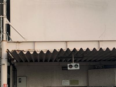 工事前の鉄骨駐車場