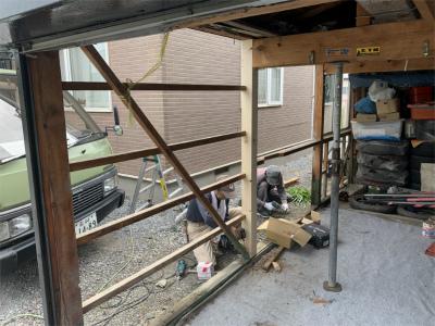 新しい柱と木下地