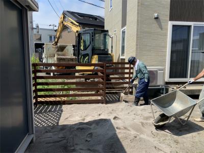 ドッグラン人工芝敷設工事