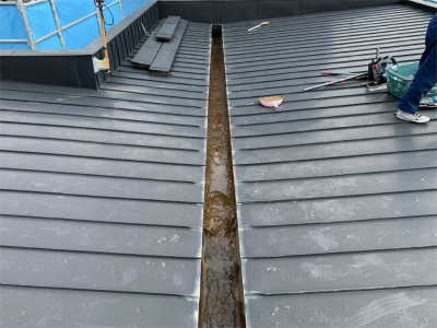 工事前に屋根の調査