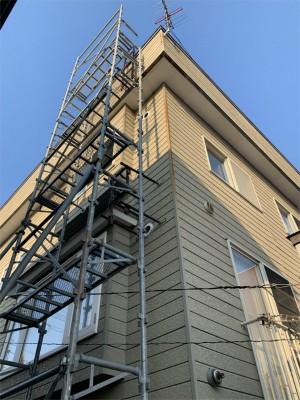 函館市的場町で煙突ハシゴ撤去
