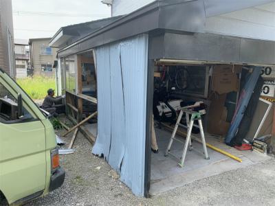 既存の外壁撤去
