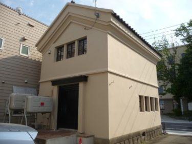 函館市弥生町の蔵の修理