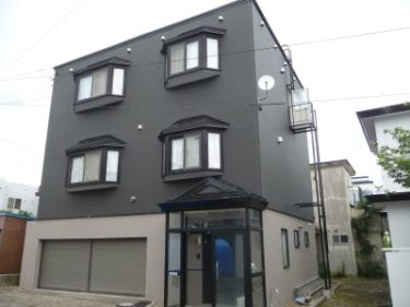 函館市白鳥町の外壁調査後の外装材貼替と耐震補強