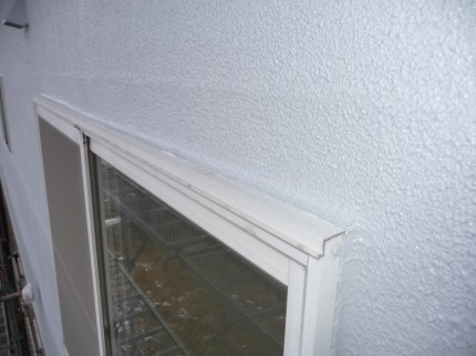 窓廻り防水処理後塗装