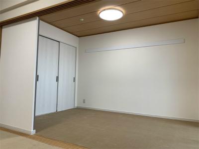 和室から洋室に改修後