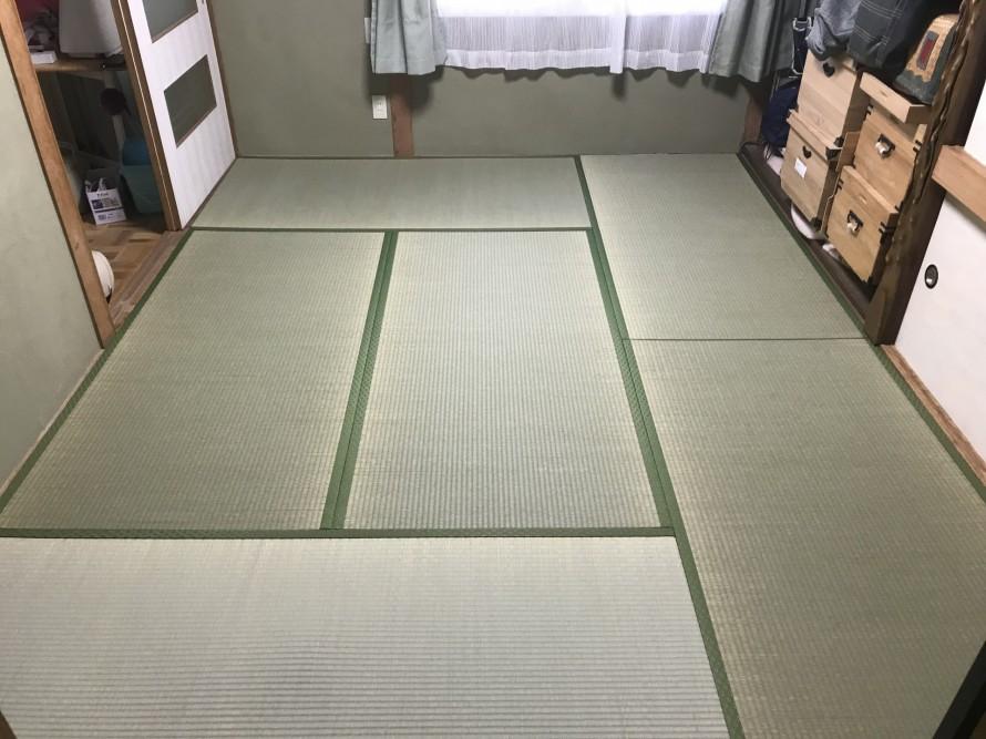 新しい畳が入った様子
