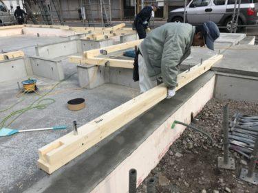 函館市花園町の新築工事。土台気密施工