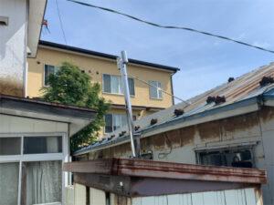 函館市高盛町にある住宅の煙突工事