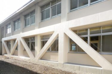 「湯川中学校」耐震補強工事(函館市湯川町)